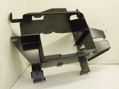 Audi A4 B5 Saloon CD Changer Bracket	 8D5035115A (Item #114474)